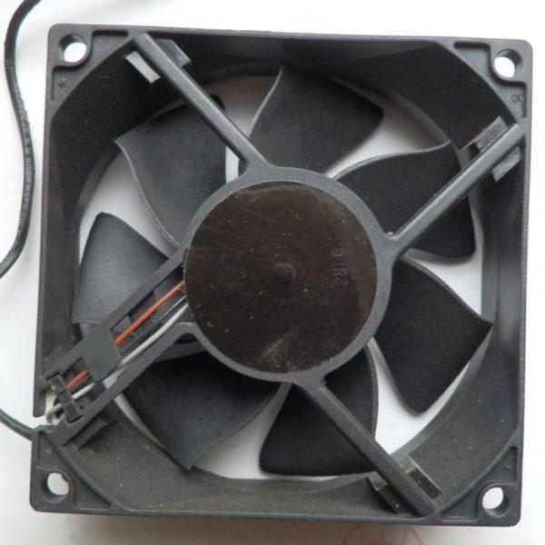 Original ADDA 8025 8cm DC 12V 0.3A AD08012UX257301 projector axial cooling fan