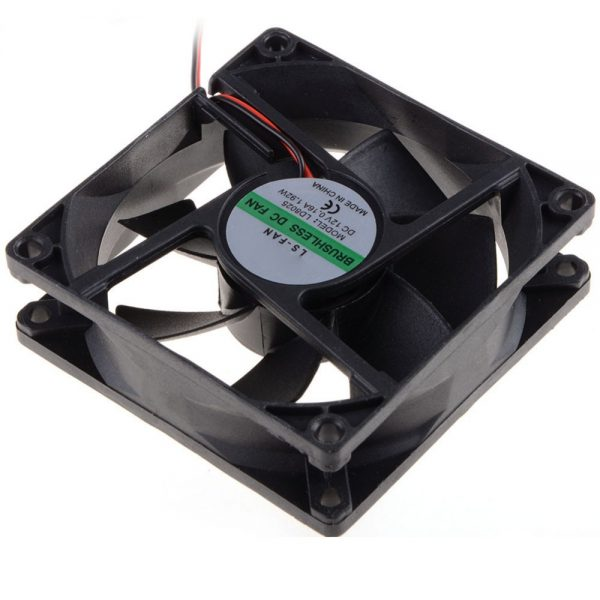 80*80*25 MM Personal Computer Case Cooling Fan DC 12V 2200RPM 45CM Fan Cable PC Case Cooler Fans Computer Fans VCA81
