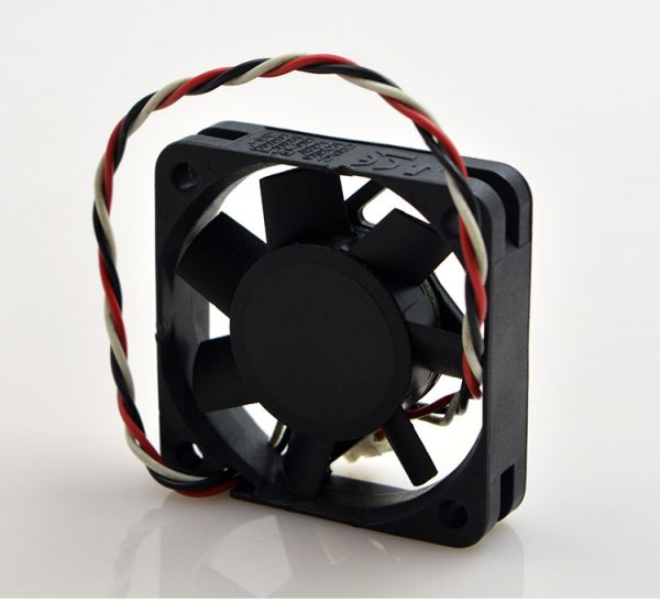 KDE2404PFV3 Double Ball Bearing Cooling Axial Fan DC 24V 0.9W 4010 40*40*10mm