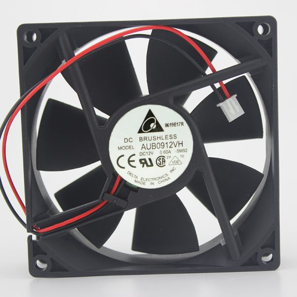 Genuine 9025 AUB0912VH 12V 0.6A 9CM / cm 4-pin temperature control PWM cooling fan