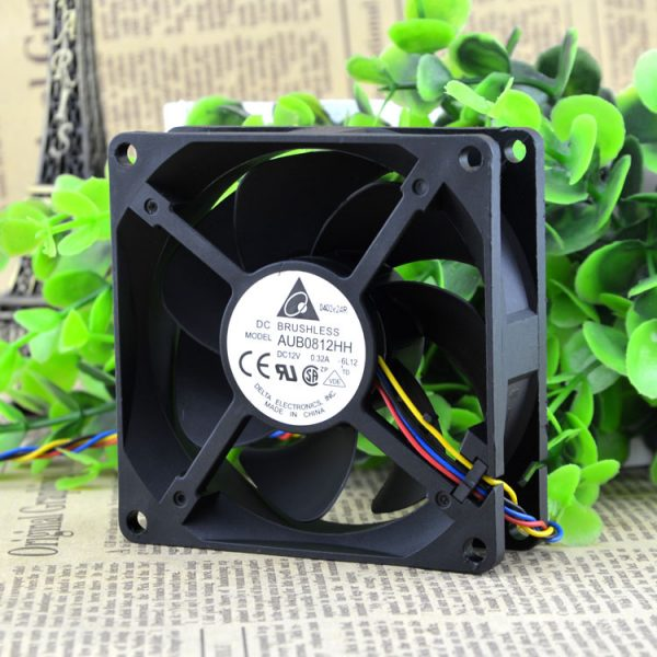 Free Delivery. 8025 12 v 0.32 A AUB0812HH 4 line temperature control 8 cm chassis fan cooling device