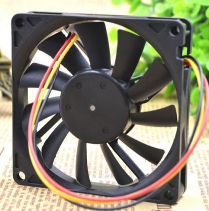 NIDEC D08R-20TH 01B 80*80*15 20V 0.15A 8CM 3 wire switch converter fan