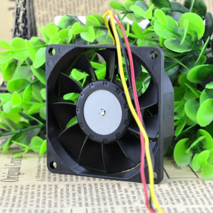NMB 2806FL-04W-B59 12V 0.3A 3Wire For IBM X5 CPU Fan 32P4004 Server Cooling Fan