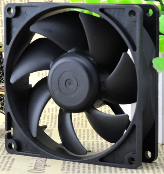 Sanyo 9AH0912P4H041 9025 9cm 12V 0.17A cooling fan