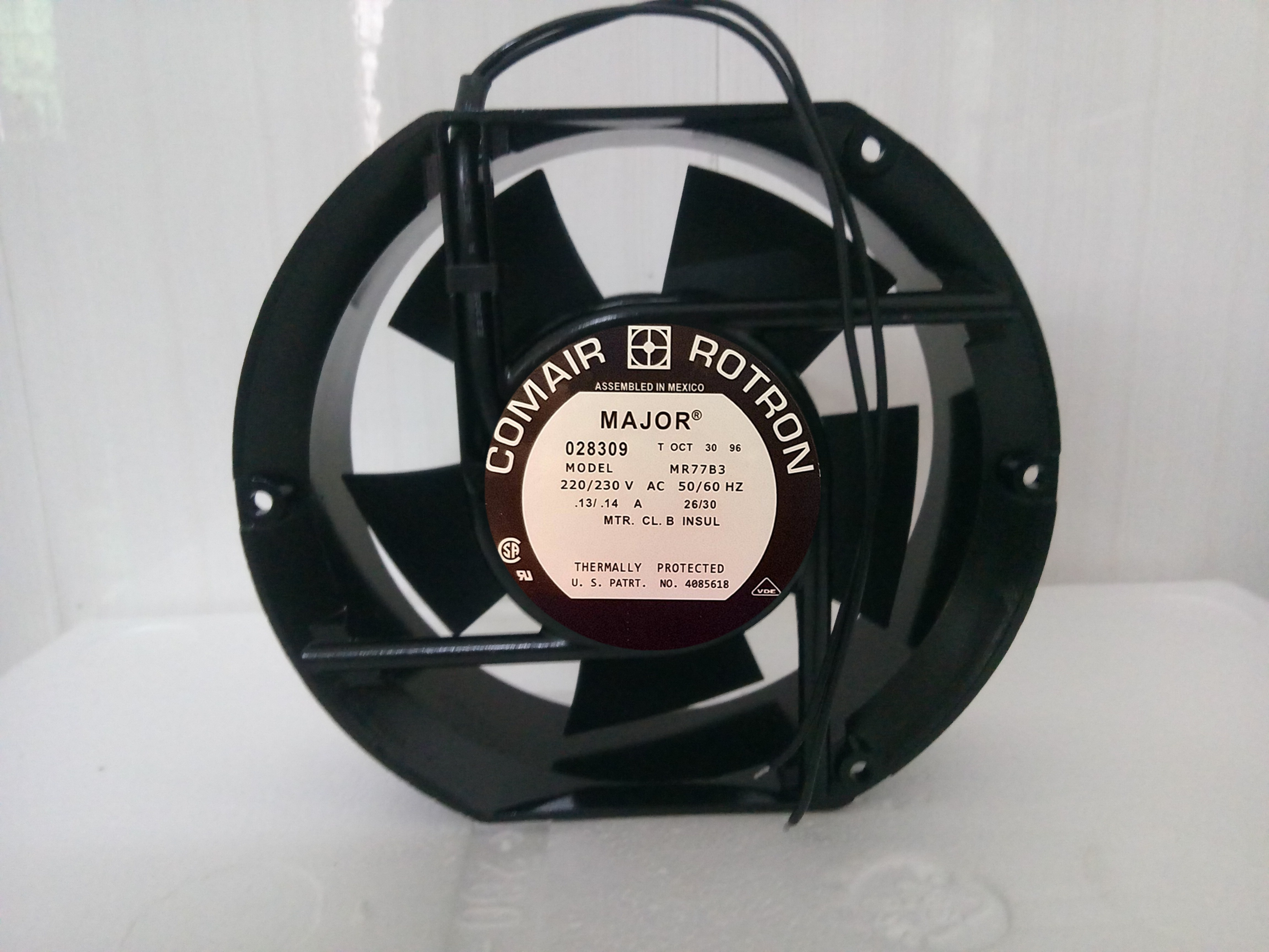 COMAIR ROTRON MR77B3 AC 230V 14A Server Round Fan